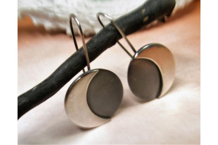 Argentium Sterling Silver Moon Earrings Image 1