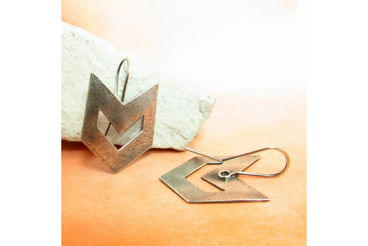 Contemporary Southwest Sterling Silver Chevron Earrings - Image 3