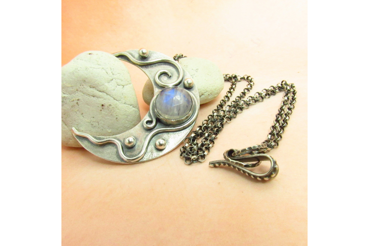 Moonstone Crescent Moon Pendant Necklace In Argentium Sterling Silver - 2