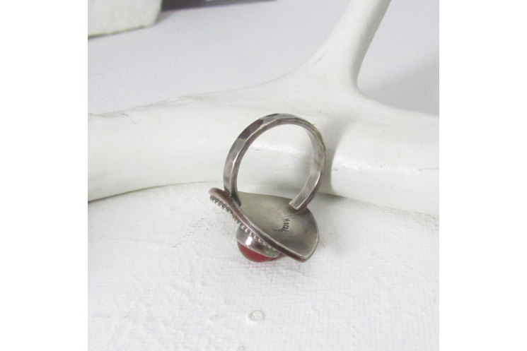 Exotic Carnelian Ring With A Mixed Metal Paisley Design