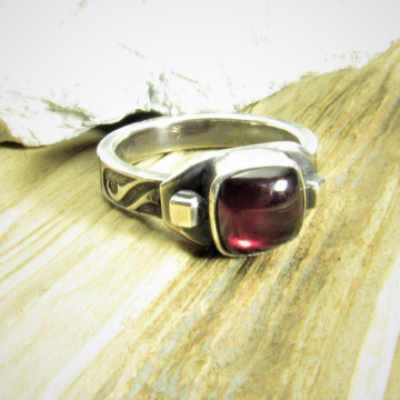 Unisex Argentium Sterling Silver And Cushion Cut Garnet Ring