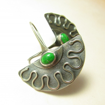 Emerald Green Maw Sit Sit And Argentium Sterling Silver Exotic Fan Earrings - 1